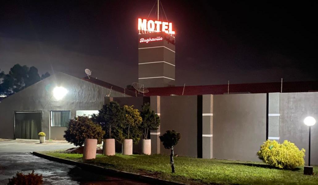 Sobre o Bughaville Motel